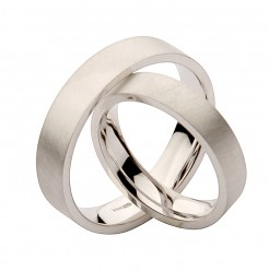 His & Hers 4&6mm Brushed Matt Flat Court Silver Wedding Rings
