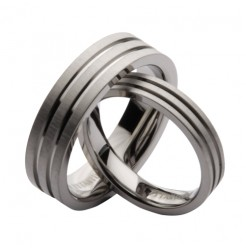 His & Hers 4&6mm Titanium Grooved Wedding Rings