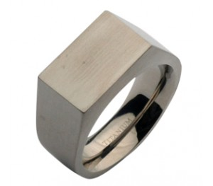 10mm Mens Titanium Signet Ring